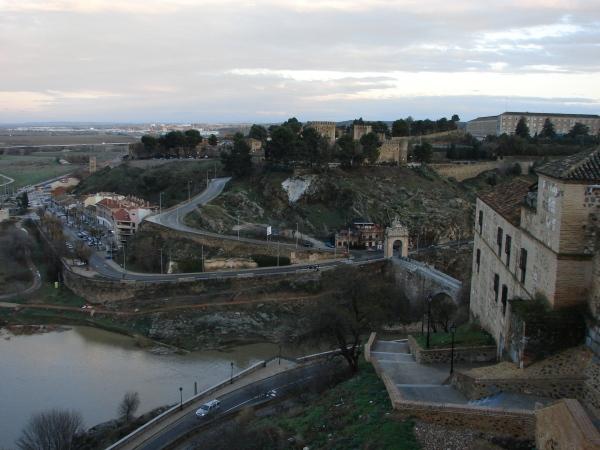 Драги ми Смехурко, нека ти разкажа…приказка за Мадрид и още нещо